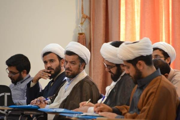 مرکز تخصصی امام هادی(ع) در سطح سه رشته شیعه شناسی طلبه میپذیرد