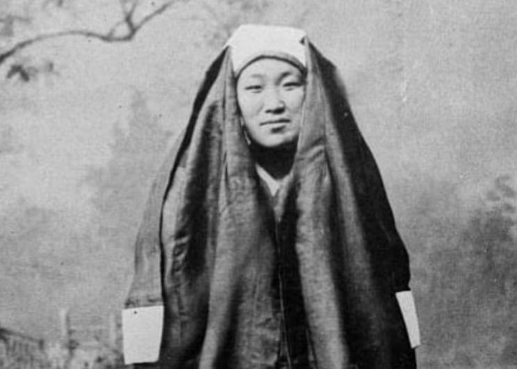 زنان کرهای با چادر +عکس
