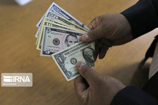 ریزش قیمت دلار سرعت گرفت +جزئیات