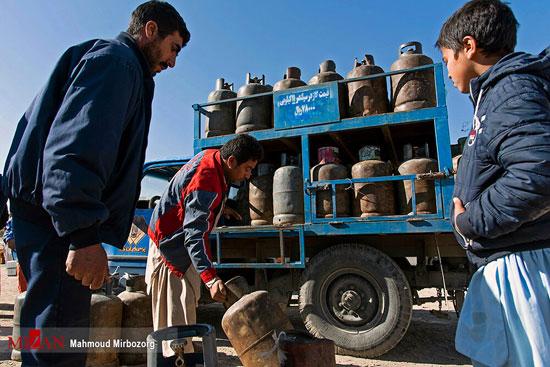 مردم زاهدان در صف گاز مایع+عکس