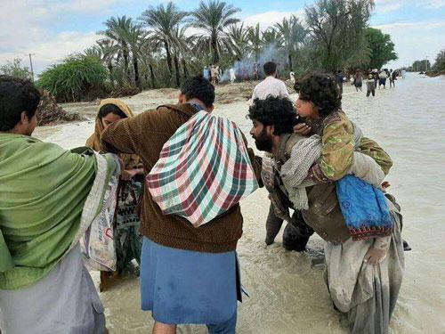 تصاویر آخرالزمانی از سیل سیستان و بلوچستان +عکس