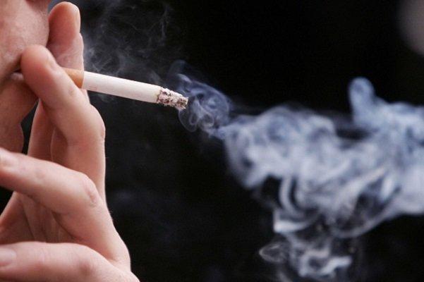 سیگار کشیدن افسردگی میآورد