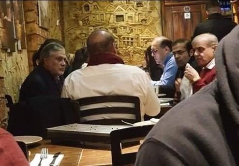 حضور جنجالی نخست وزیر پاکستان در یک رستوران +عکس