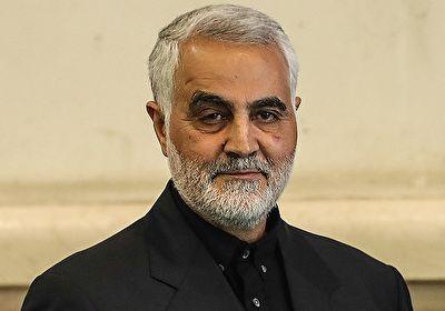سردار سلیمانی در صف نانوایی +عکس