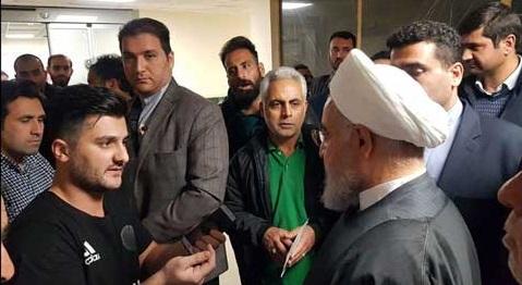 حاشیه عیادت روحانی از رئیس بنیاد شهید +عکس
