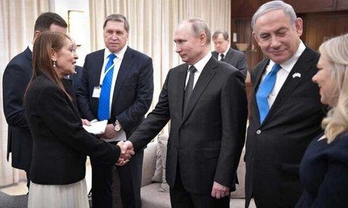 عکس دستهجمعی پوتین با خانواده نتانیاهو