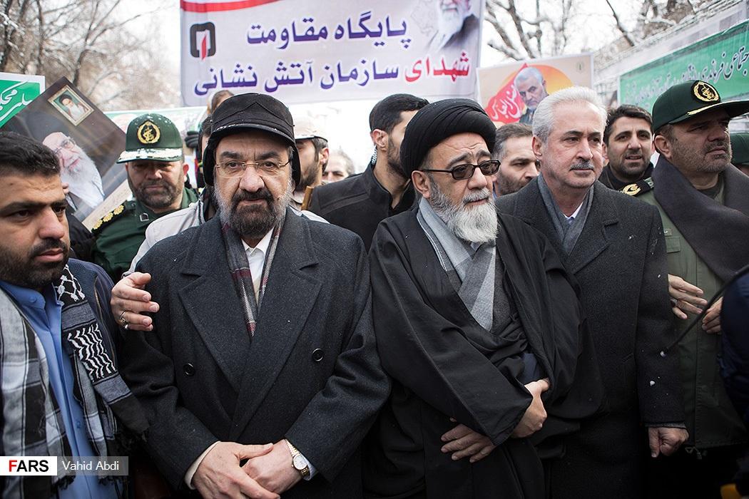 کلاه محسن رضایی در سرمای تبریز +عکس