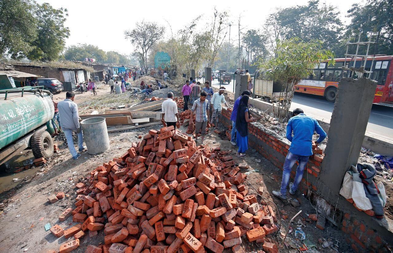 ساخت دیوار در هند به خاطر ترامپ +عکس