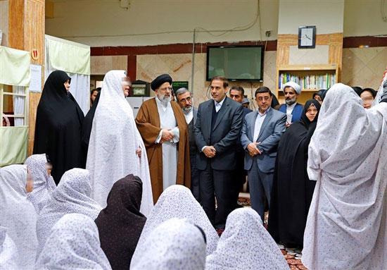 رئیس قوه قضاییه در زندان زنان قرچک +عکس