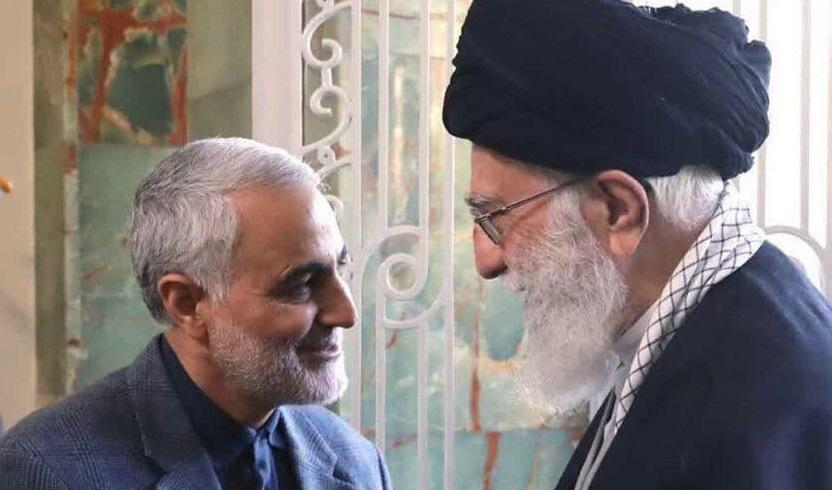 تصویر کمتر دیده شده از رهبر انقلاب و سردار سلیمانی+عکس