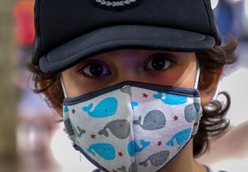 بچهها هم ماسک میزنند+عکس