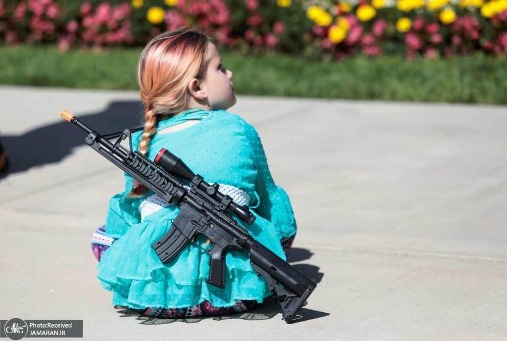 کودک آمریکایی این طوری بزرگ میشود+عکس