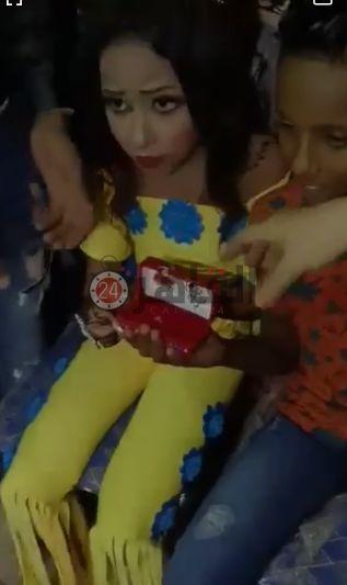 جشن نامزدی دختر و پسر ۱۰ ساله جنجال به پا کرد+عکس