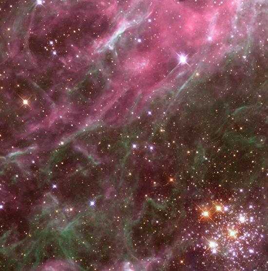 ستارگان در حال انفجار در آسمان+عکس