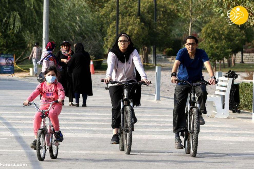 گزارش رسانه خارجی از دوچرخه سواری زنان در تهران + عکس