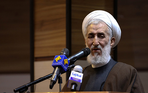 عذرخواهی روحانی معروف از حرفهایش درباره علامه مصباح+عکس
