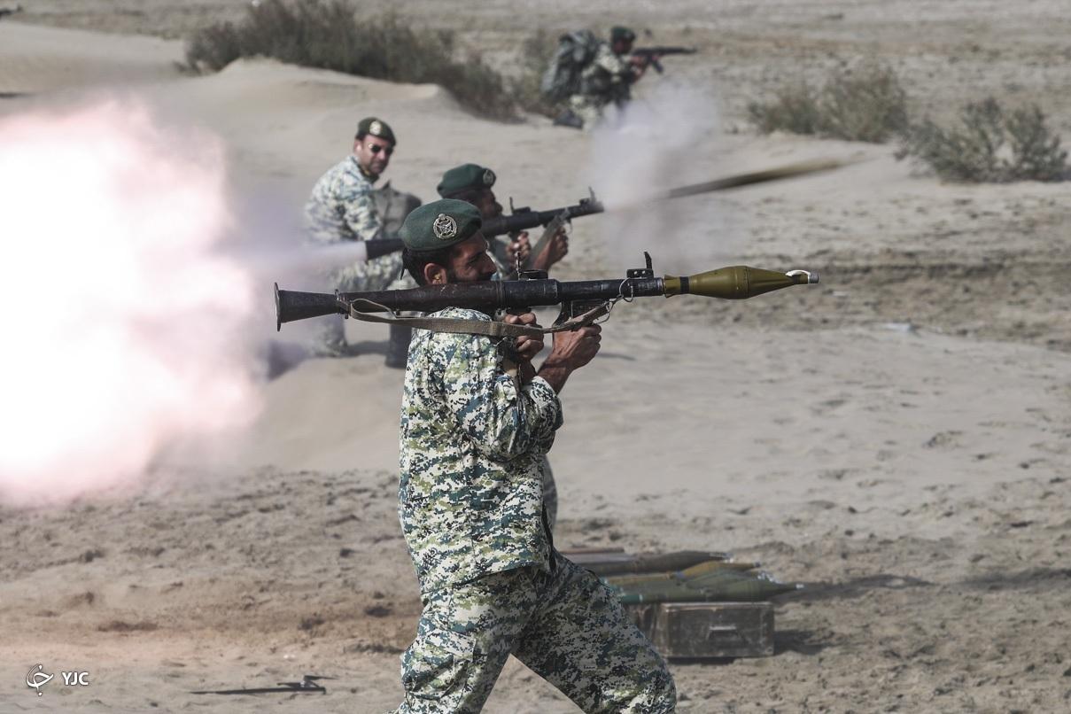 لحظه غرورآفرین رزمایش ارتش+عکس