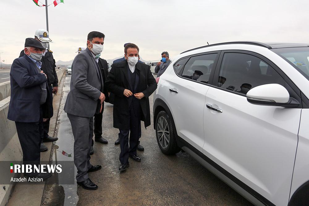 خودروی شاسی بلند رئیس دفتر  روحانی+عکس,