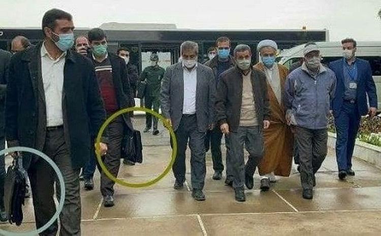 کیف ضدگلوله در دست بادیگارد احمدی نژاد+عکس