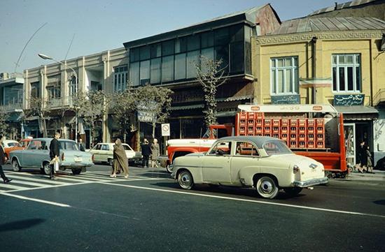 وضعیت ترافیک خیابان های تهران نیم قرن پیش+عکس