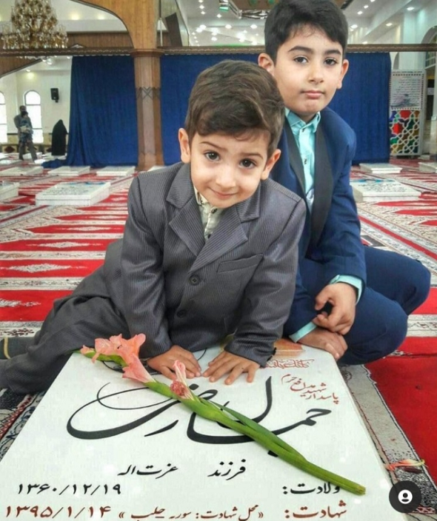 دو آقازاده در آستانه اشرفیه دیده شدند+عکس