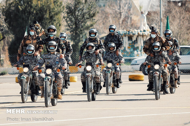 رژه روز ارتش در همدان