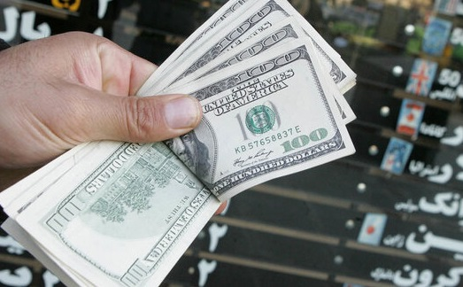 نرخ خرید دلار وارد کانال ۲۲ هزارتومان شد