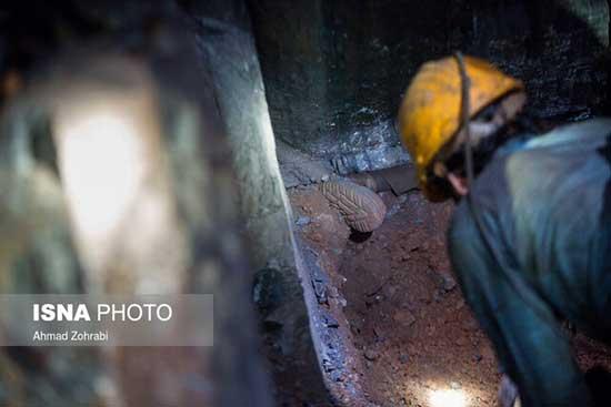 آخرین خبر از وضعیت کارگران محبوس در معدن دامغان+عکس