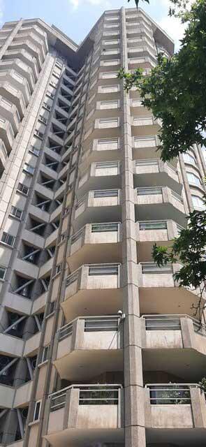 سقوط کارمند زن سفارت سوئیس از برج کامرانیه+عکس