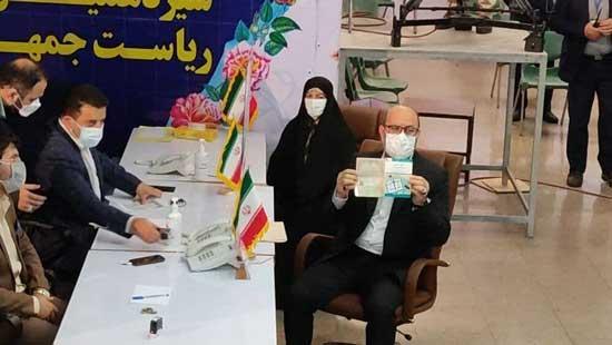 وزیر سابق دفاع در کنار همسرش کاندید انتخابات شد+عکس