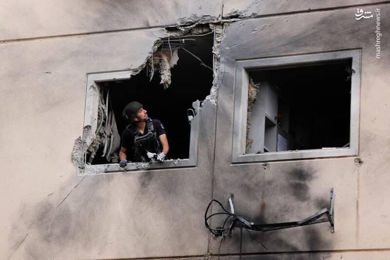 ویران شدن خانه اسرائیلی ها با موشک های فلسطینی +عکس