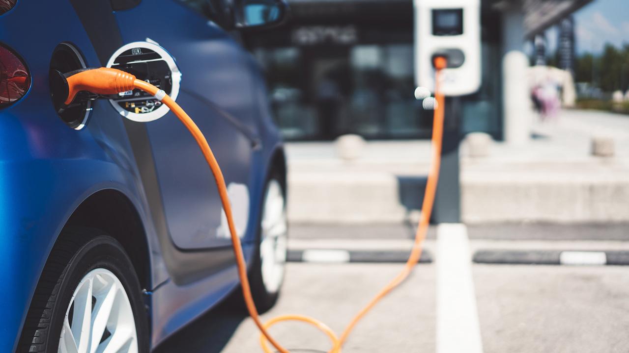 توسعه باتریهای خودروهای الکتریکی با فناوری نانو