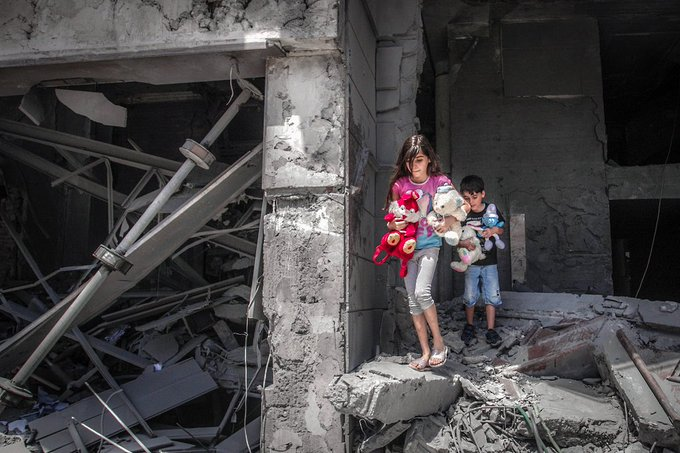 تصویر تکان دهنده از دختران غزه+عکس