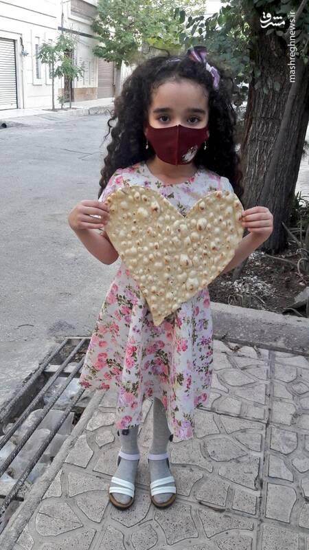 خلاقیت نانوای تهرانی برای خوشحال کردن مردم+عکس