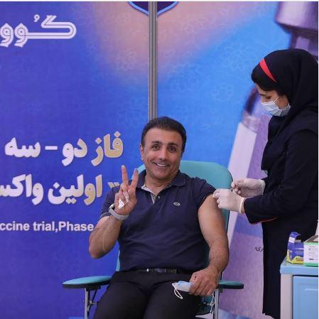 واکنش بازیگر معروف هنگام تزریق واکسن ایرانی+عکس