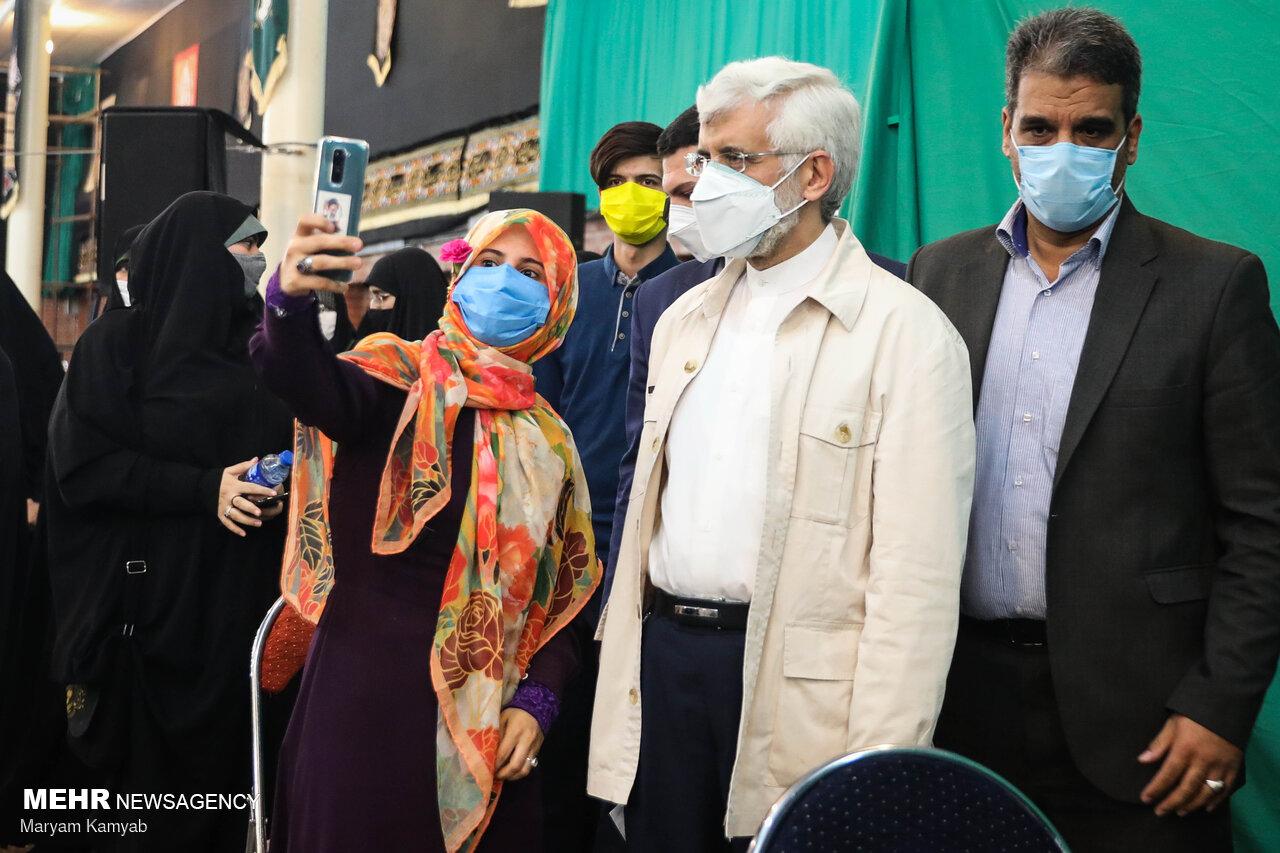 دیدار سعید جلیلی با دختران رای اولی+عکس