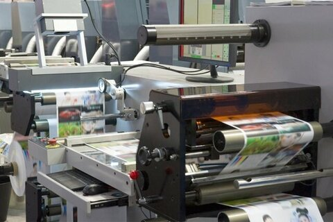 چاپ الکترونیکی یا چاپ کاغذی؛ کدام یک بهتر است؟