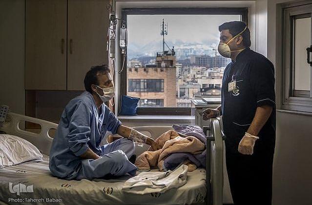 تصویر متفاوت از قهرمان المپیک ایران سر کار+عکس