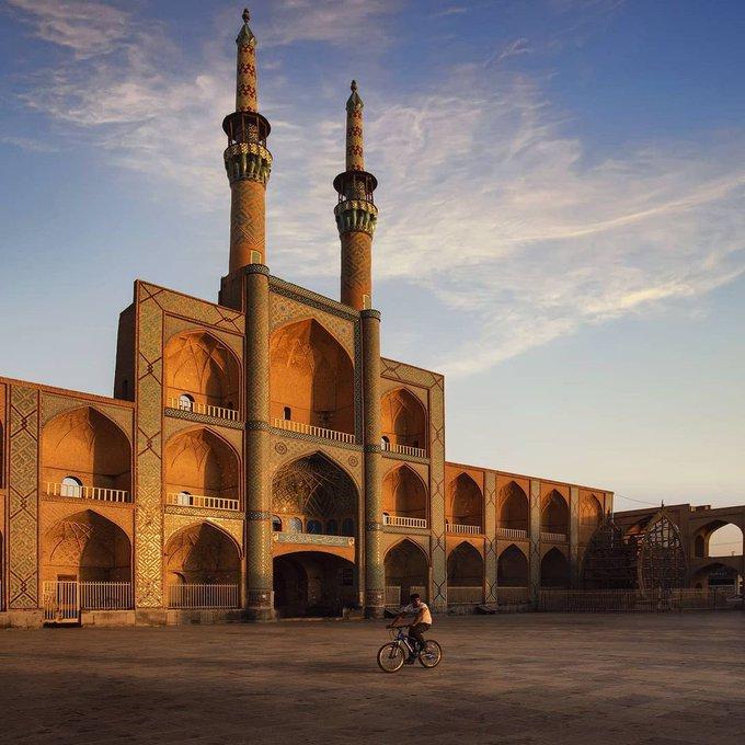 تصویر باشکوه از میدان امیرچخماق یزد+عکس
