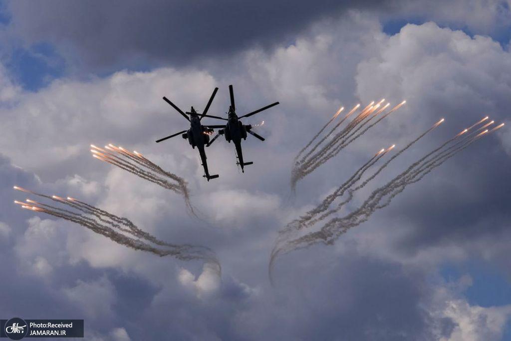 نمایش خیره کننده بالگردهای روسیه در آسمان+عکس