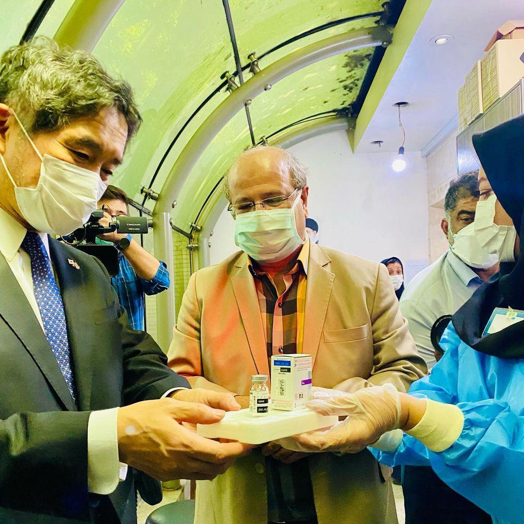 بازدید سفیر ژاپن از روند واکسیناسیون در ایران+عکس