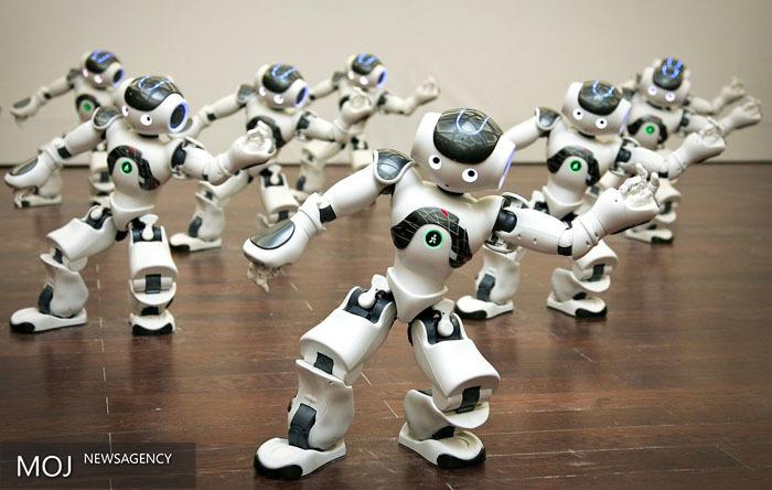 ساخت ربات رکوردشکن  دومینو چین  توسط مهندس سابق ناسا